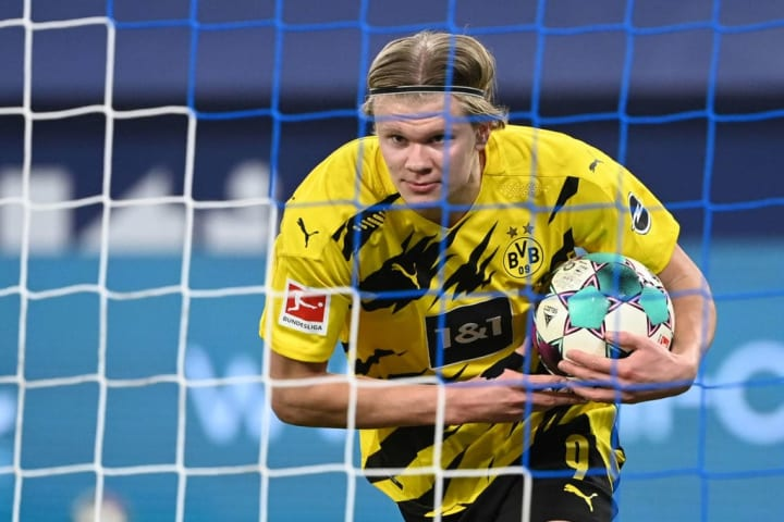 Mino Raiola reveals how many clubs can afford to sign Erling Haaland