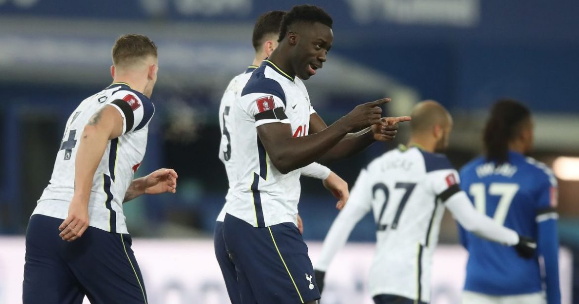 Mourinho sets sights on Liverpool target to replace 'shambolic' Spurs star