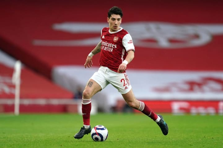 Arsenal should finally sell Hector Bellerin this summer