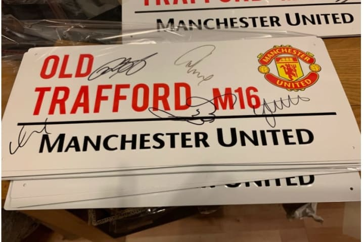 The rare Manchester United memorabilia & collectibles available to buy on eBay