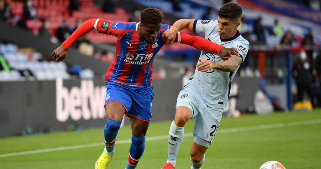 Crystal Palace keen on midfielder Juventus want Everton to buy