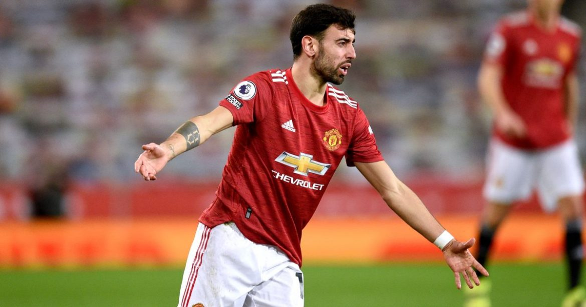Fernandes given ultimate dressing down by Man Utd old boy with remark