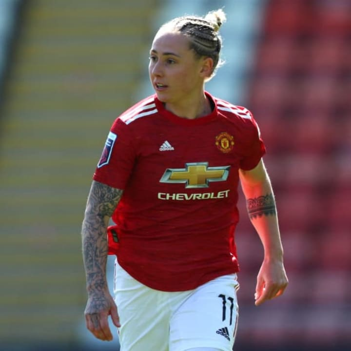 Khadija Shaw becomes latest player to sign long-term WSL contract