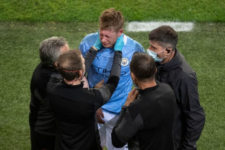 Kevin De Bruyne avoiding headers in training due to facial injury